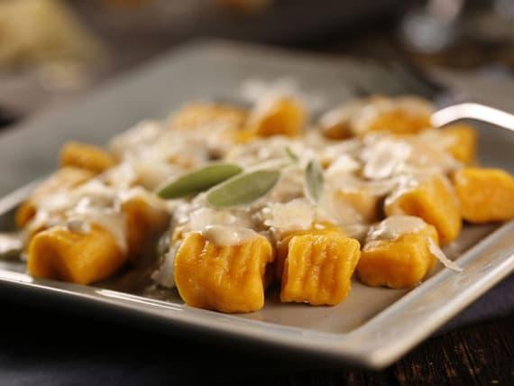 Gnocchis aux patates douces avec sauce cr meuse la sauge - Cuisiner avec la sauge ...