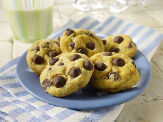 Petits biscuits aux pépites de chocolat